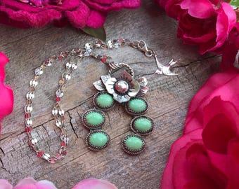 Flower Naja Necklace