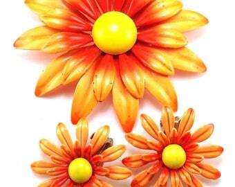 Big Orange Flowers Brooch Earrings Set Colorful Dimensional Beauties Applied Metals Design Happy Summertime Whimsy