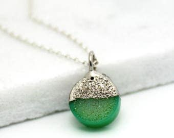 druzy necklace, green druzy, layering necklace, round pendant, silver necklace, sterling silver, dainty, minimal jewelry