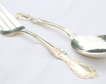 LARGE SERVING Silver Plated Spoon and Fork, Wedding Table Decor, Salad Utensils, Replacement Flatware by Wm Rogers Mfg Co. Extra Plate