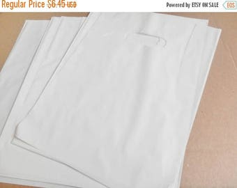 On Sale 100 pack 9 x 12 White Glossy Retail Merchandise bags  Low Density Plastic Merchandise Gift Bags