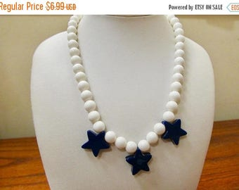 ON SALE Vintage Blue and White Star Beaded Necklace Item K # 3020