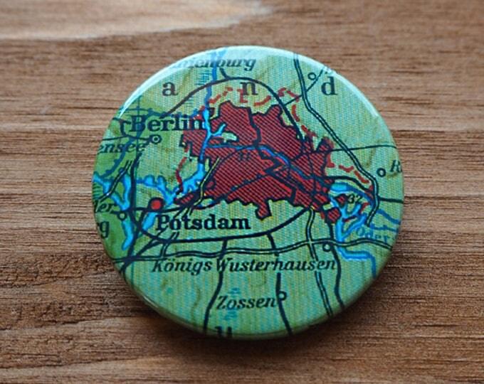 Pinback Button, BERLIN, Ø 1.5 Inch Badge, Atlas, Travel, vintage, fun, typography, whimsical