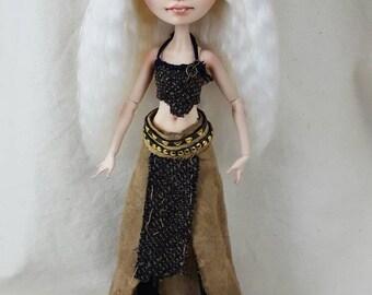 OOAK Daenerys Targaryen  Doll by Skeriosities