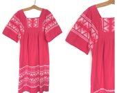 Guatemalan Vintage Hippie Dress Pink 70's Dress Tribal Boho Dress Embroidered Tent Dress Maternity dress Mexican Ethnic Medium Large C1