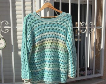 Art by Bertie - A crochet sweater in the colors of the Mediterranean See