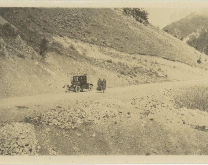 Vintage Snapshot Photo: Side of the Road c1910s (712630)