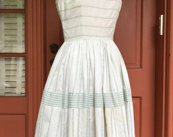 1950s Sweet Cotton Sundress with Roses and Bows