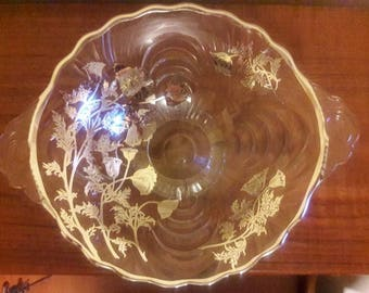 CAMBRIDGE Caprice Footed 2 Handle Bowl  in excellent condition
