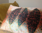 Gorgeous velvet cushion w...