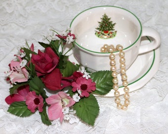 Pfaltzgraff Christmas Heritage ALL Original - Cup and Saucer Set - Barely Used