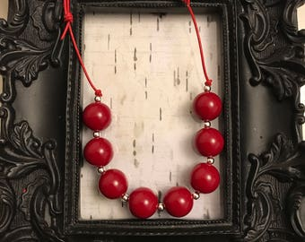 Red bubblegum chunky adjustable necklace
