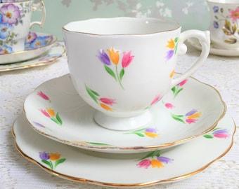 Roslyn China Tulip Tea Trio B