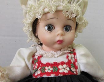 Madame Alexander Norway Doll One Owner in Box 8 inch complete
