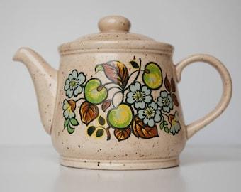 Mod Sadler Teapot