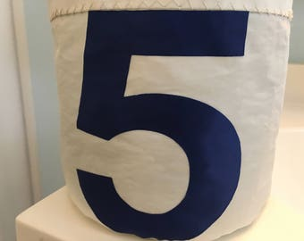 Small Storage Bucket bag from recycled sail cloth by SailAgainBags