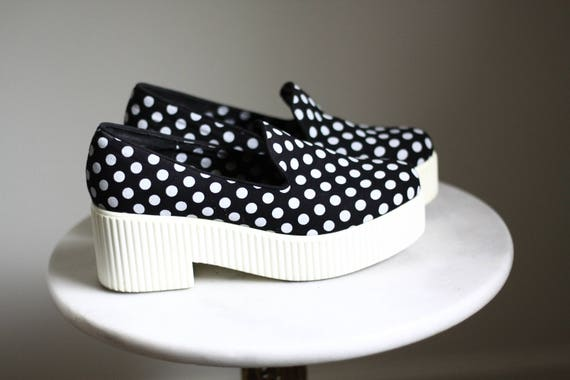 1990s Polka Dot Platforms // vintage Shellys London // vintage platform shoes
