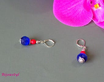 Very pretty earrings with bright colors - coral and blue