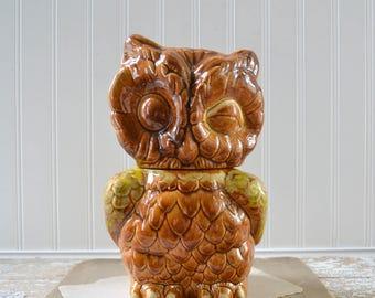 Vintage Brown Ceramic Winking Owl Cookie Jar - Retro Kitchen