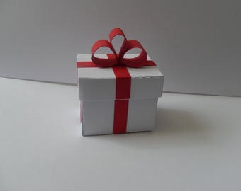 Containing sweets shaped rectangular customizable gift.