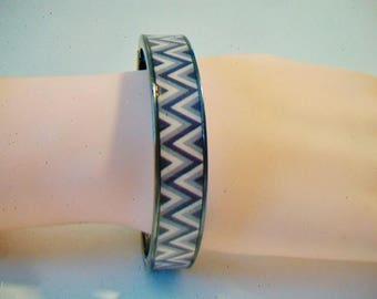 Gunmetal Zigzag Pattern Bangle Bracelet Abstract Design Costume Jewelry