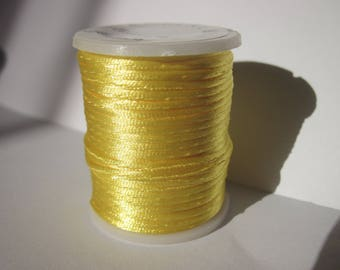 spool of 5 m thread knotting 1 mm yellow (A3)