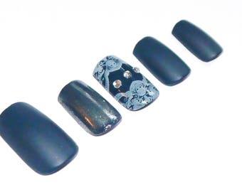 Custom made false nails