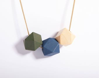 Minimal Necklace Polygon Hexagon Wooden Pastell Beads Blue Olive Green