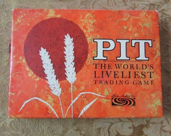 Pit The World's Liveliest Trading Game. Card Game by Parker Brothers Dated 1964 Salem, Mass. Made in USA