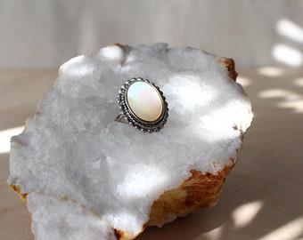 Adjustable Vintage Mother of Pearl Ring