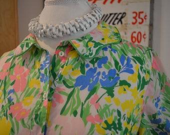 Vintage 1960s Tanner of North Carolina floral lightweight cotton midi shirt dress belt S / M small medium preppy