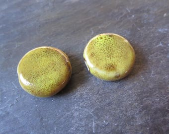 Speckled 2 lens Mustard yellow ceramic beads, set of 2 beads