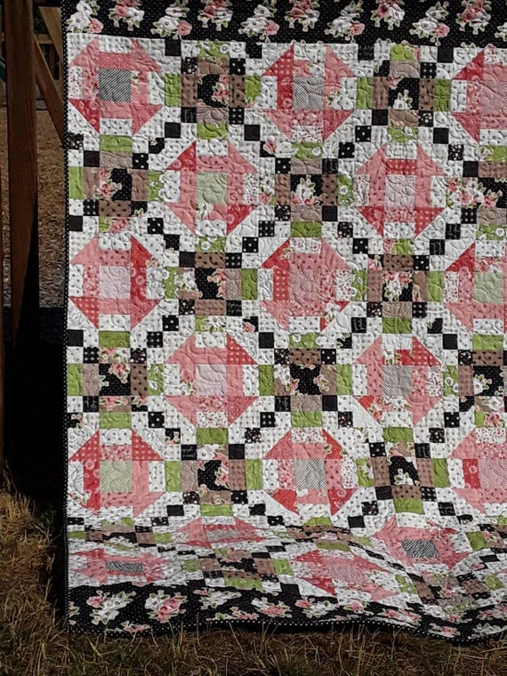 Churn Dash Chain Lap Quilt Kit. Calamity Quilter Pattern Using Olive's Flower Market Fat Eighth Bundle and Borders With Polka Dot Binding