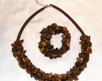 Beautiful Chunky Tigers Eye Bead Necklace and Bracelet Set
