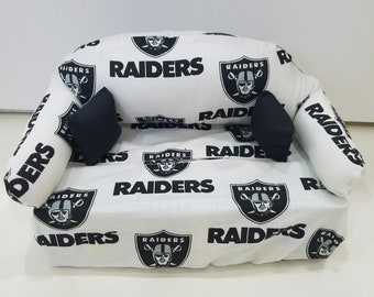 Raiders Couch Tissue Box Cover