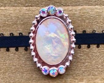 Antique-Style Opalesque Choker