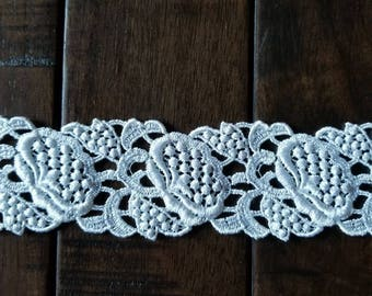 """Stunning white venise lace trim 2"""" wide"""