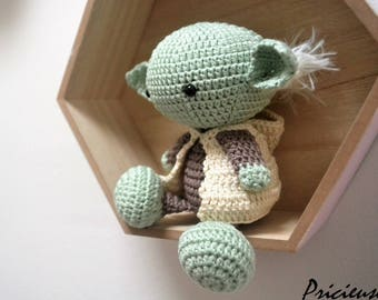 Amigurumi Master Yoda made with crochet