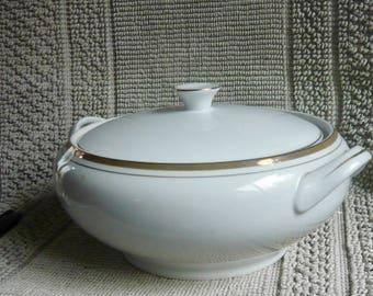 Royalton China Co Translucent Porcelain Covered Bowl