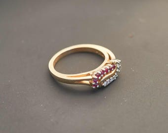 Yellow 14K Gold Ruby and Diamond 'S' Cluster Ring - 0.1 Carat Weight Diamonds