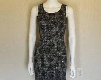 25% off SALE 90s floral print black white dress