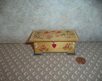 1:12 scale Dollhouse Miniature Vintage Chadwick Blanket Trunk
