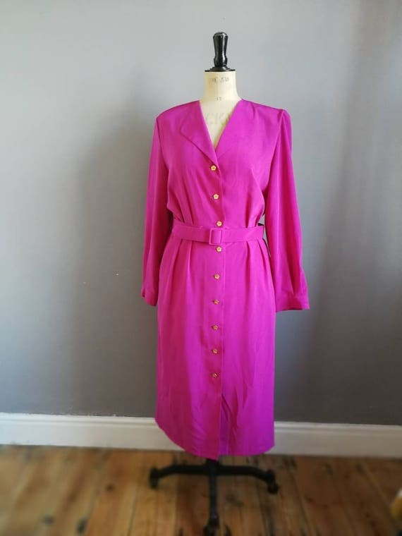 90s pink dress / vintage pink shirt dress with gold flower buttons and matching belt / 90s power dressing / 90s office dress / 90s mom /