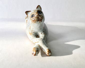 White Ceramic Cat - lazy kitten - chilling cat - gift for cat lover - cat collector - the crazy cat lady - christmas gift - present for him