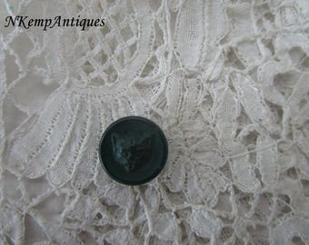 Antique cat button for the collector