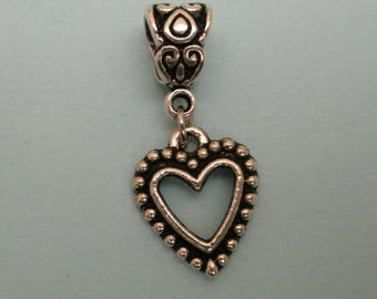 pretty silver toned heart 18 x 15 mm