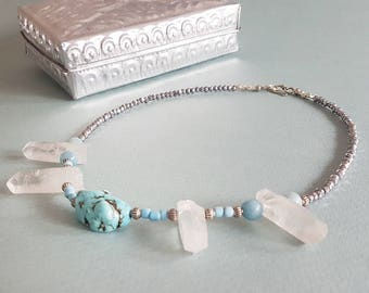 Quartz crystal point choker  necklace - Short boho necklace with 4 crystal quartz shards, turquoise bead and silver crystal beads