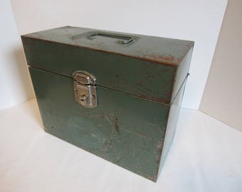 Vintage Hamilton Upright Porta File Industrial Style Green Storage Box Roached Metal Steel Box With Lid Office Storage Decor