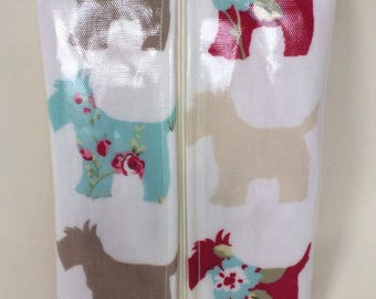 Baby wipes holder Case in Scottie dog oilcloth