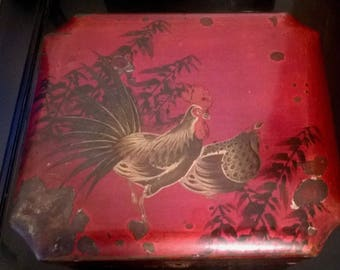 antique chinese laquer box